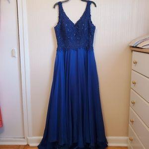 Camille La Vie | Blue Beaded Formal Dress